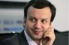 Утечка: Как Дворкович лоббирует разработанную его дядей технологию мобильного ТВ